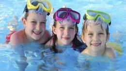 Các bước dạy Bé bơi tại Nhà.