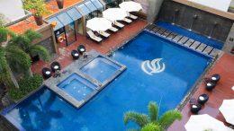 10 Khách sạn có Bể bơi đẹp nhất Nha Trang