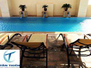 Bể bơi tại Khách sạn 4 sao
