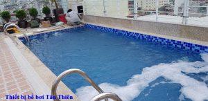 Bể bơi 100 Hàng Gai
