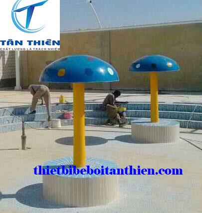 Cây nấm trang trí bể bơi